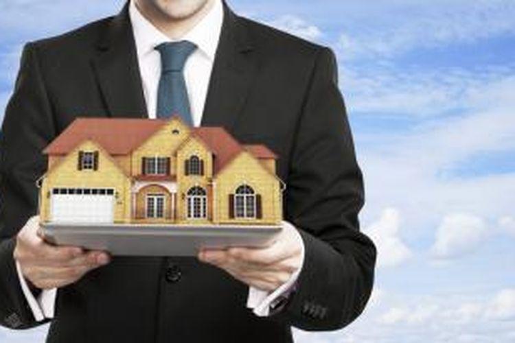Berdasarkan catatan Asosiasi Real Estate Broker Indonesia (AREBI), ke-30 perusahaan broker properti asing tersebut mengoperasikan sekitar 250 hingga 300 kantor di seluruh Indonesia.