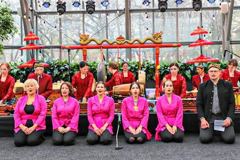 Peringatan Hari Kartini di Moskow, Warga Rusia Main Gamelan dan Tarian Indonesia