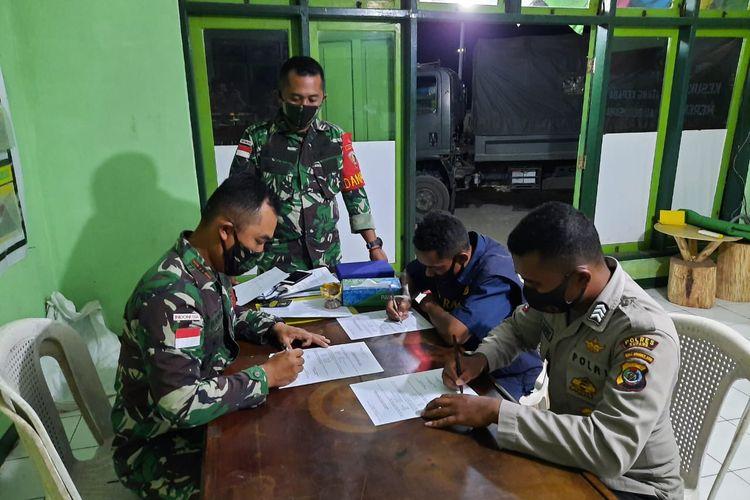 Foto 4 Warga Timor Leste Diamankan TNI