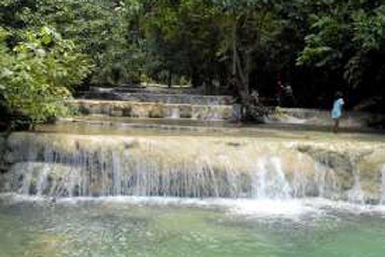 Indahnya Aliran Sungai Ini seperti Melewati Anak Tangga