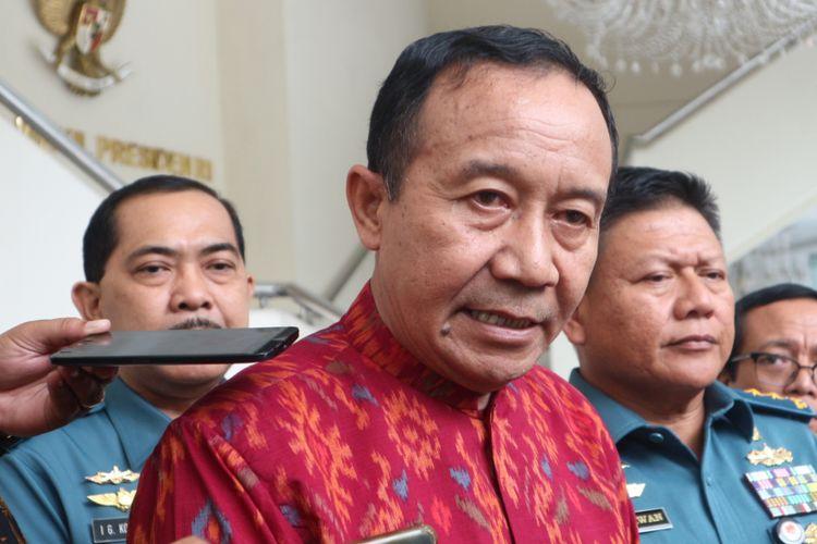 Ketua Umum Parisada Hindu Dharma Indonesia, Wisnu Bawa Tenaya di kantor Wakil Presiden RI, Jakarta, Rabu (14/2/2018).