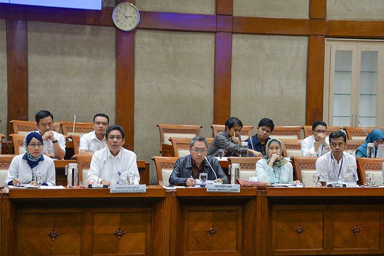 Rapat ini juga dihadiri oleh Direktur Jenderal Industri Logam, Mesin, Alat Transportasi dan Elektronika (ILMATE) Kementerian Perindustrian, Harjanto.