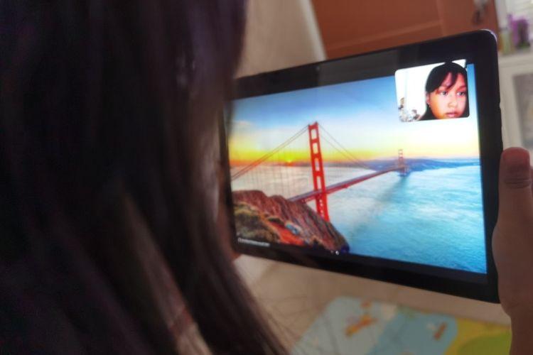 Produktivitas dan pengalaman pengguna jadi lebih memuaskan dengan kehadiran multiscreen collaboration dan pensil stylus yang sensitif serta presisi pada tablet terbaru Huawei.