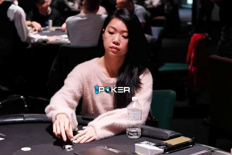 Natalie Teh, perempuan asal Malaysia ini mulai bermain poker profesinal sejak  2018.