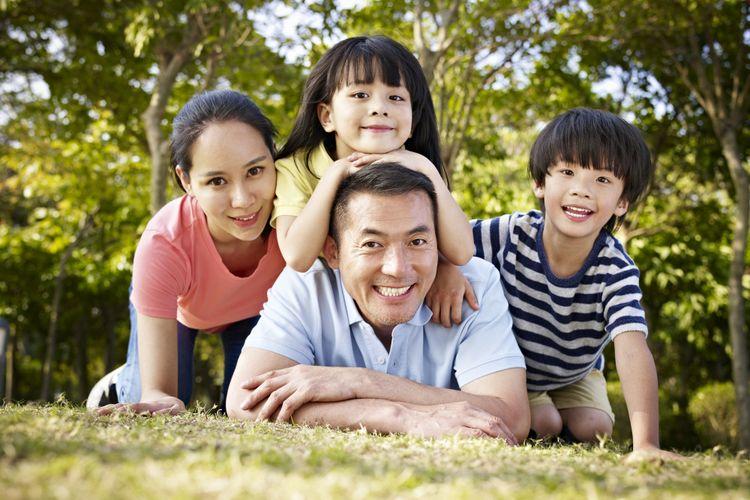 Ilustrasi keluarga bahagia