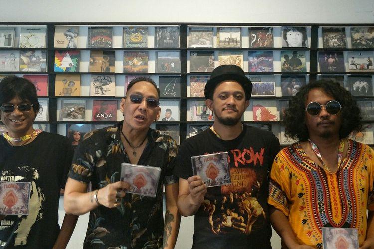 The Flowers rilis album baru di Synchronize Fest 2019 di Gambir Expo, Kemayoran, Jakarta Pusat, Minggu (6/10/2019).