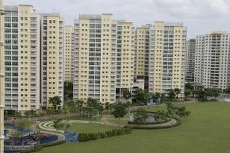 Penghuni yang membuang sampah sembarangan dari atas apartemen akan didenda maksimal 4.800 dollar Singapura hingga 10.000 dollar Singapura dan diancam berpotensi membunuh.