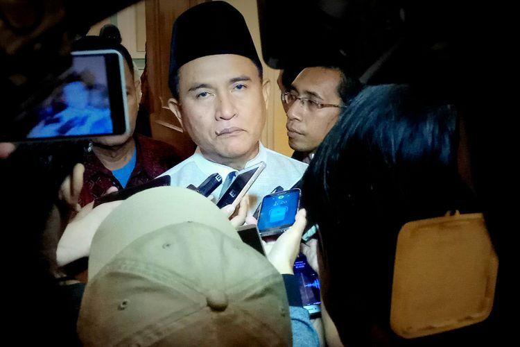 Pakar Hukum Tata NegaraYusril Ihza Mahendra di sela acara buka puasa bersama DPP Partai Bulan Bintang yang dilaksanakan di Hotel Grand Sahid, Sudirman, Jakarta, Rabu (21/6/2017)