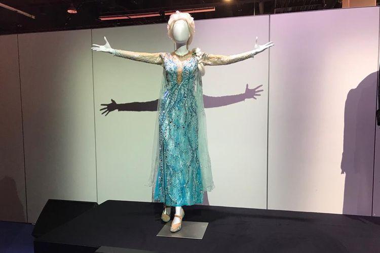 Kostum Elsa dari Frozen