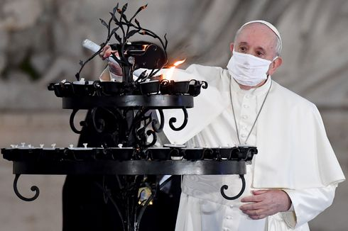 Dokter Pribadi Paus Fransiskus Meninggal karena Komplikasi Covid-19