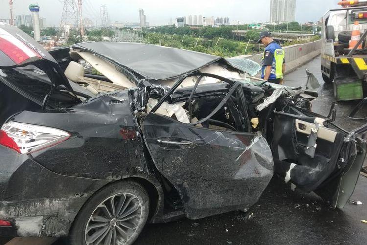 Mobil Dinas Sekretaris Kota Jakarta Utara Kecelakaan di Tol, Sopir Luka Ringan