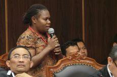 Saksi Prabowo-Hatta Asal Papua Segarkan Suasana Sidang MK