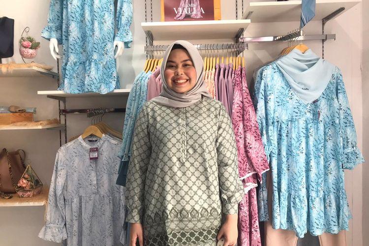 Tika Latifani Mulya (24)