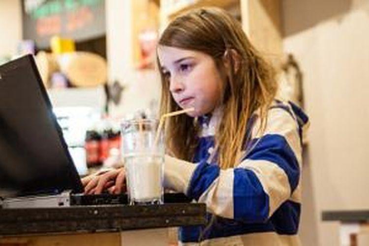 Betsy Davies meretas Wi-Fi hotspot dalam waktu hanya 11 menit