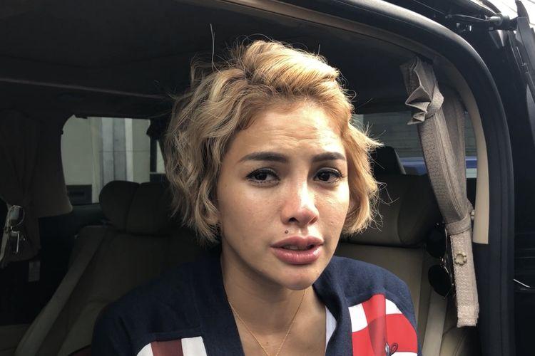 Nikita Mirzani saat dijumpai dikawasan Tendean, Jakarta Selatan, Jumat (13/12/2019).
