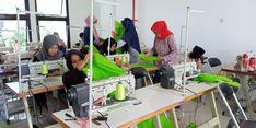 Gandeng BLK, Pemkot Semarang Produksi APD 100 Buah Per Hari