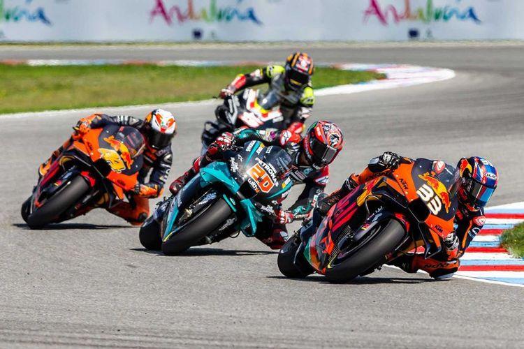 Pebalap Red Bull KTM Factory Racing Brad Binder sukses meraih juara pada MotoGP Ceko 2020