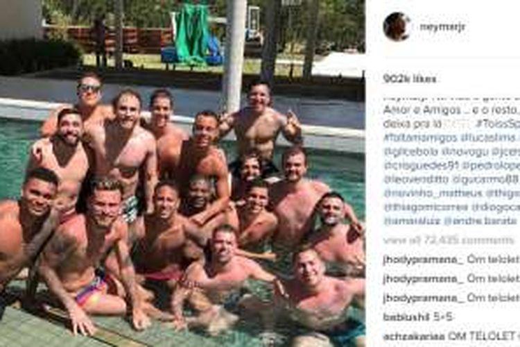 Akun Instagram Neymar dipenuhi komentar