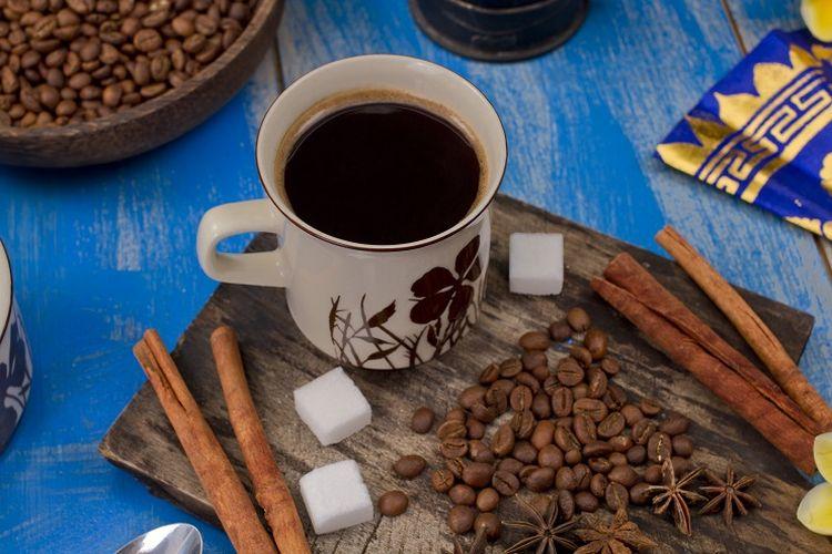 Ilustrasi racikan kopi khas Indonesia
