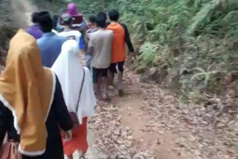 Fakta Ibu Hamil Ditandu 7 Km Lewati Jalan Rusak, Bayi Meninggal dalam Kandungan