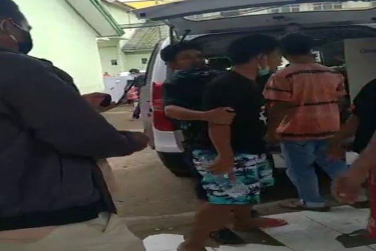 Kelurga pasien mengamuk di RSUD Bima karena merasa tak dilayani tim medis