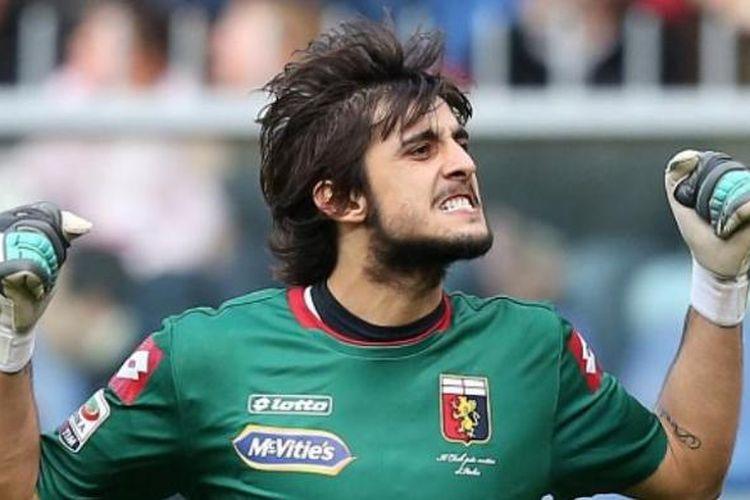 Kiper Genoa asal Italia, Mattia Perin.