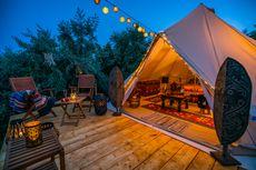 Menjajal Wisata Camping Glamor di Tanah Sunda