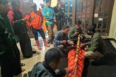 Pendaki Asal Jakarta Terjatuh di Gunung Slamet, Tim SAR: Medan Licin karena Hujan