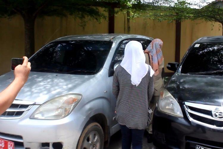 Seorang anak berusia 12 tahun melapor ke Mapolresta Samarinda, mengaku diperkosa 13 orang sopir angkot dan dijadikan alat tukar narkoba, Rabu (15/3/2017)