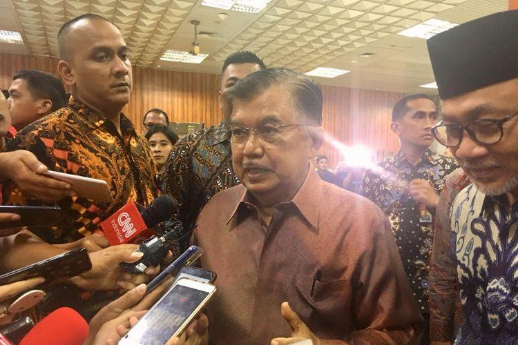 Wakil Presiden Jusuf Kalla saat menghadiri peringatan Hari Konstitusional Nasional di Komplek Parlemen MPR DPR DPD RI, Jakarta, Minggu (18/8/2019).