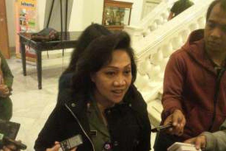 Kepala Dinas Perumahan dan Gedung Pemerintahan DKI Jakarta Ika Lestari Aji di Balai Kota, Senin (25/1/2016).
