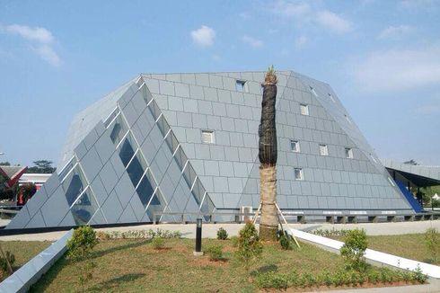 Duduk Perkara Tudingan Iluminati di Masjid Al Safar, 30 Menit Penjelasan Ridwan Kamil dan Ustaz Rahmat Baequni (1)