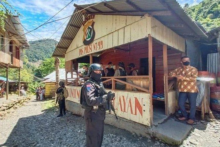 Pos Polisi 99 Ndeotadi di Distrik Bogobaida, Kabupaten Paniai, Papua, diserang sekelompok orang tak dikenal pada Jumat (15/5/2020) malam.
