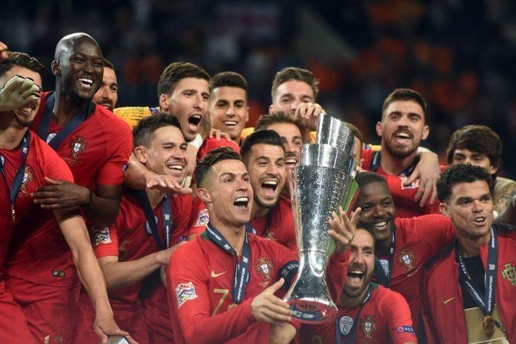 Portugal menjadi juara UEFA Nations League seusai mengalahkan Belanda pada partai final di Stadion Do Dragao, 9 Juni 2019.