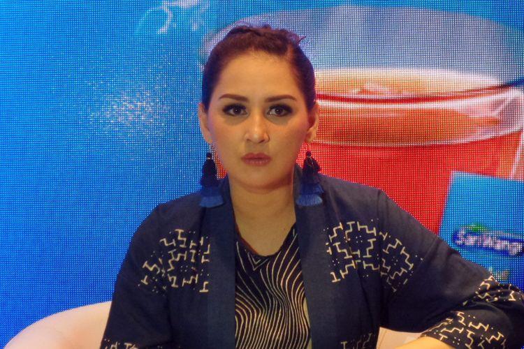 Aktris dan presenter Mona Ratuliu dalam acara peluncuran kampanye Mari Bicara, Indonesia! di Museum Nasional, Selasa (15/1/2019).