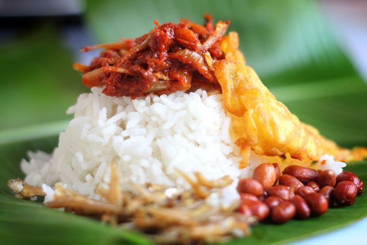 Ilustrasi nasi lemak, makanan khas Malaysia.