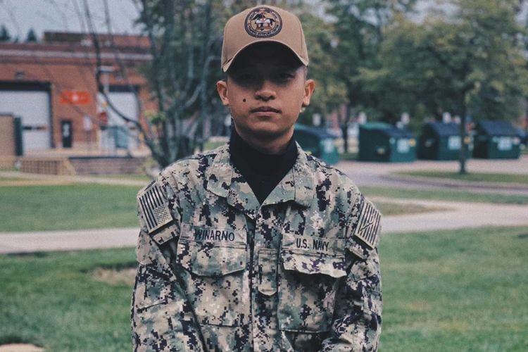 Jovan Zachary Winarno, tentara angkatan laut AS asal Surabaya.