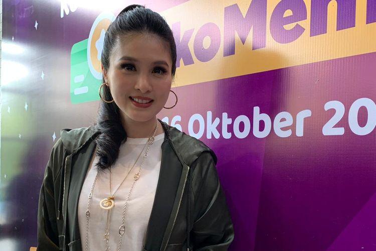 Sandra Dewi di kawasan Kebayoran Baru, Jakarta Selatan, Rabu (16/10/2019).