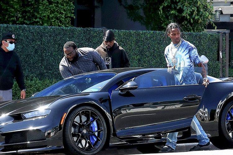 Mobil Bugatti Chiron milik Travis Scott.