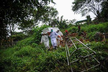UPDATE Corona Global 16 Juni: 5 Negara dengan Kasus Covid-19 Tertinggi   Temuan Kasus Infeksi Jamur Hitam di Oman
