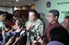 Senyum Kecut Wakil Ketua DPRD DKI Dengar Sindiran Ahok