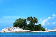 Mengintip Keindahan Gua di Pulau Kelayang