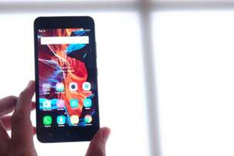 Lenovo Upgrade Vibe K5 Plus dengan RAM 3 GB Halaman all