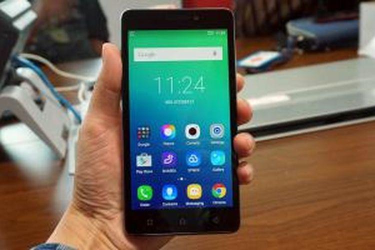 Smartphone Android Lenovo P1m.
