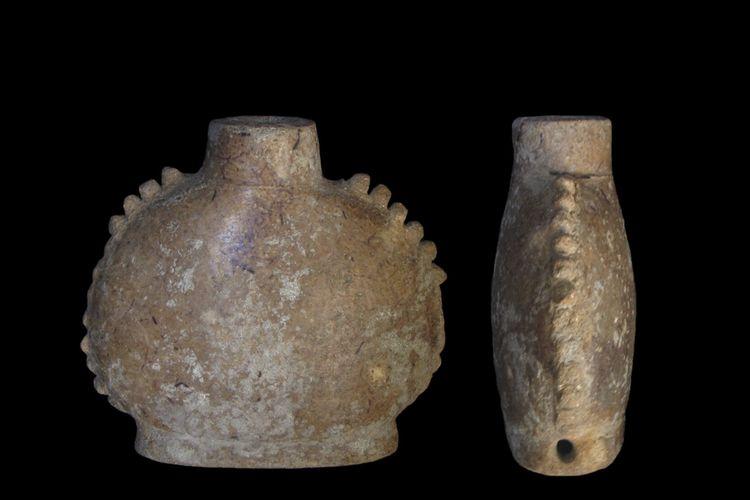 Gambar wadah obat kuno dari suku Maya. Para peneliti di Washington State University (WSU) Amerika Serikat mengungkapkan isi dalam wadah ini terdapat campuran tembakau untuk rokok.
