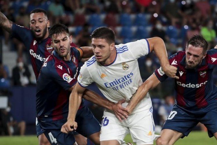 Suasana pertandingan pekan kedua Liga Spanyol yang mempertemukan Levante vs Real Madrid di Estadio Ciudad de Valencia, Senin (23/8/2021) dini hari WIB.