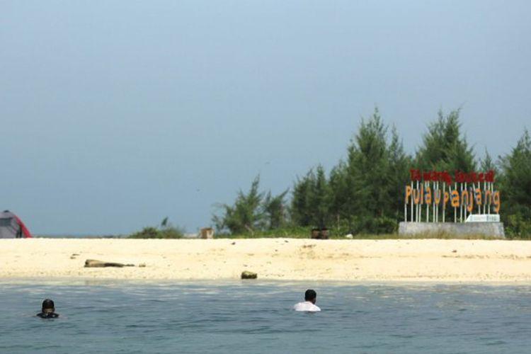 Snorkeling di Pulau Panjang