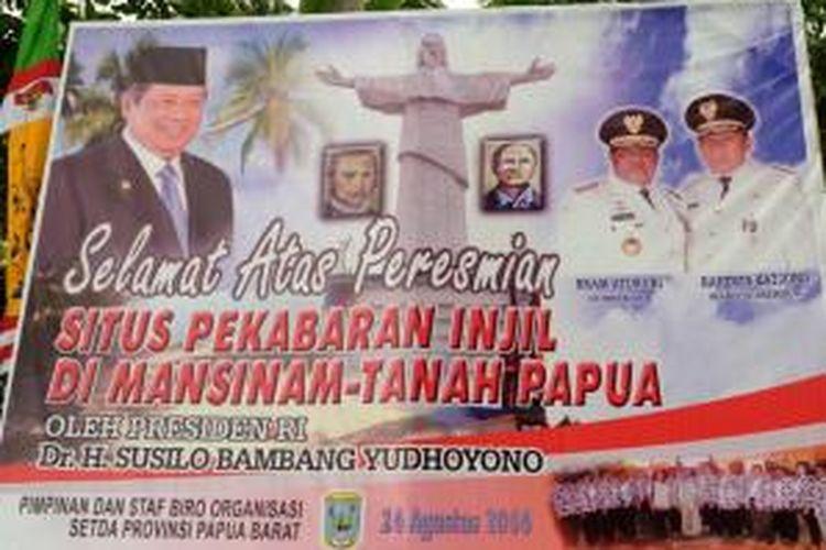 Presiden Susilo Bambang Yudhoyono dijadwalkan akan meresmikan situs perkabaran injil berupa patung Yesus Kristus setinggi 30 meter di Pulau Mansinam, Kabupaten Manokwari, Papua Barat, Minggu (24/8) pagi.