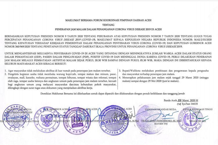 Maklumat bersama pemberlakuan jam malam di Aceh terkait penanganan Corona Virus Disease (Ovid-19) di Aceh, yang ditandatangani bersama Forkopimda Aceh, Minggu (29/3/2020).