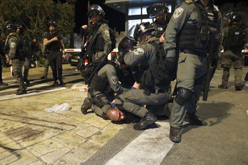 Update: Korban Luka Bentrokan di Masjid Al-Aqsa Jadi 200 Orang